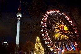 Weihnachtsmarkt in Berlin am Alexanderplatz